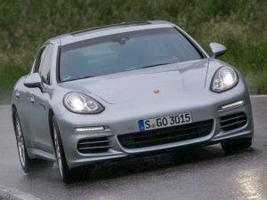 Porsche Panamera 2014 chega ao Brasil com preço a partir de R$489.000