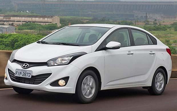 Hyundai-HB20s-sedan-2014-06