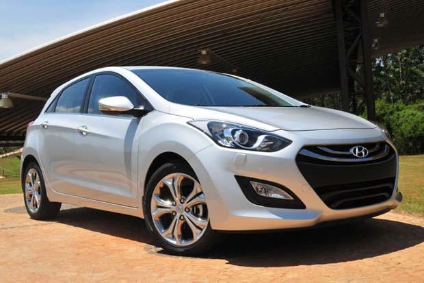 Novo-Hyundai-i30-2014-01