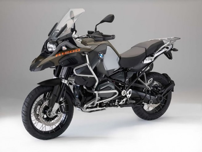 2014-BMW-R1200GS-Adventure-01