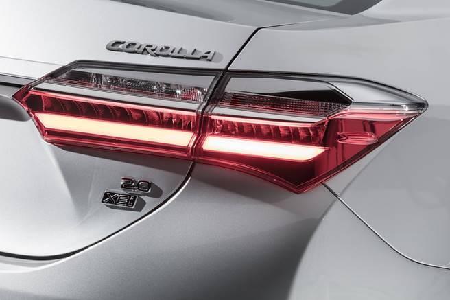 Toyota Corolla 2018 reestilizado 024