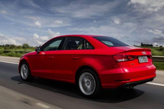 Novo Audi A3 sedan 2017 041