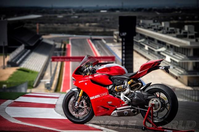 Ducati Panigale 1199 R 2014 04