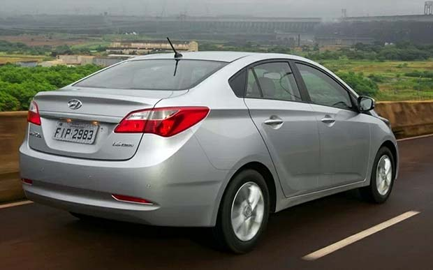 Hyundai-HB20S-Sedan-Premium-2014
